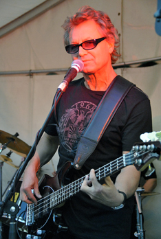 Peter Schnell Bassist